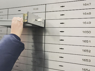 Reviews for Safe Deposit Box Rentals