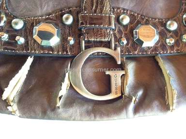 GUESS NEVER MORE: new purse peeling!!!