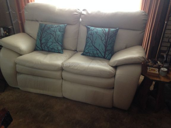 Southern Motion Furniture Loveseat