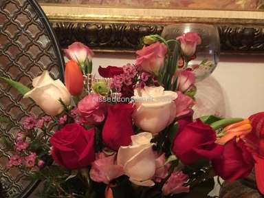 FlowerShopping - Valentines Day Flower Arrangment Review from Santo Domingo, Distrito Nacional