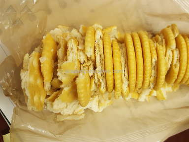 Ritz Crackers - Broken/Crumbled crackers upon opening package
