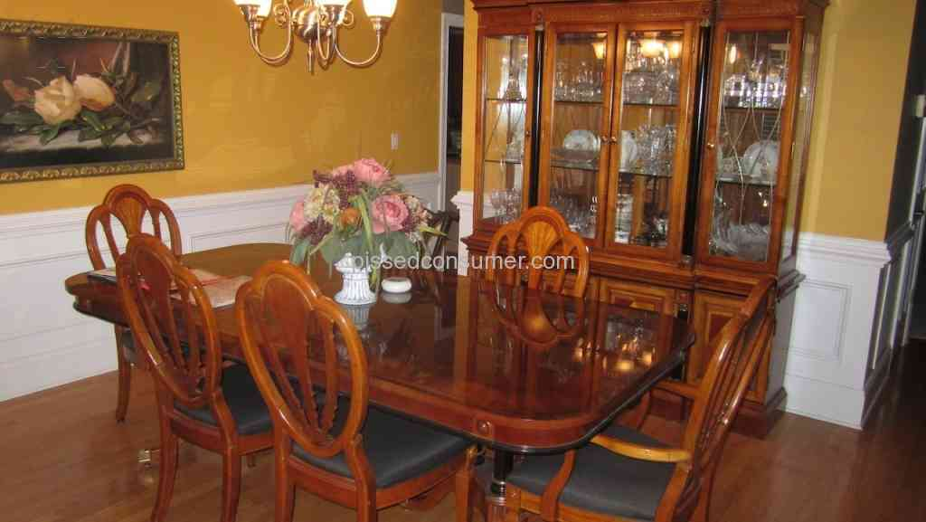 Havertys Furniture 5700 At Havertys Gets You A Dangerous Glued Together Dining Set That Falls