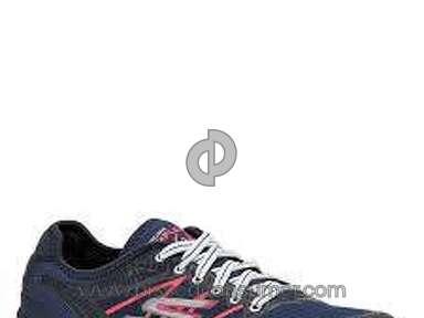 Skechers - GoFlex - Flexed so much my feet went from under me = Broken ankle