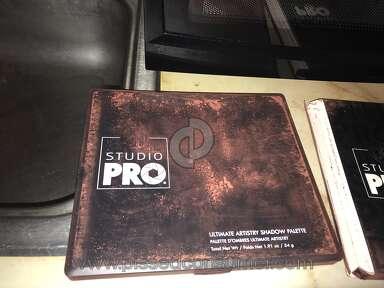BH Cosmetics - Damaged item