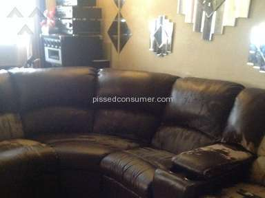 Harlem Furniture Sofa review 146158