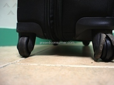 SAMSONITE PRO DLX3 - NOT DURABLE