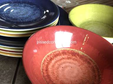 Better Homes And Gardens - Plastic ware peeling