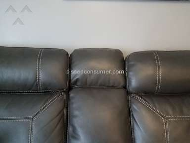 Levin Furniture Southern Motion Leather Sofa review 261846