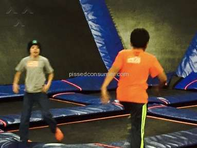 Skyzone - Employees do not care if your kid is harassed or bullied