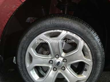 Mavis Discount Tire - 005867 wrong tires for 2013 Ford Edge sel