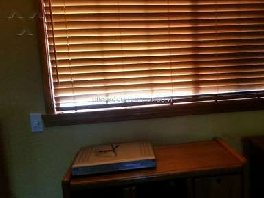 Levolor - HORRIBLE DESIGN ON FAUX WOOD BLINDS