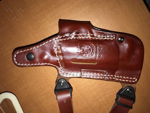 Falco Holsters Holster