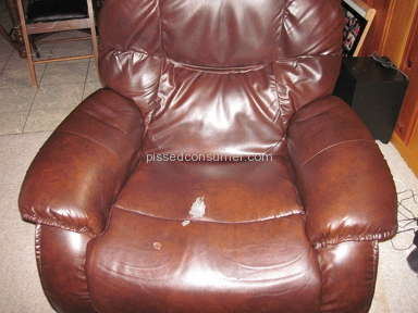Lazboy - Cheap material on a very expensive recliner! Bad customer service!