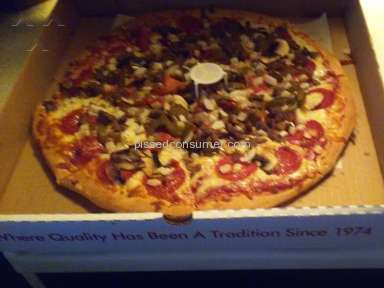 Pats Pizzeria Family Restaurant - Pats Pizza Special Pizza Review