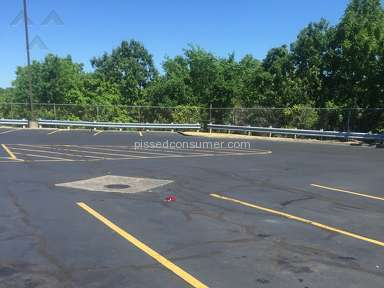 Motel 6 Parking review 142718