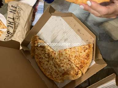 Pizza Hut - Horrible quality in food,
