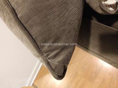 Value City Furniture - Horrible and poor quality furniture