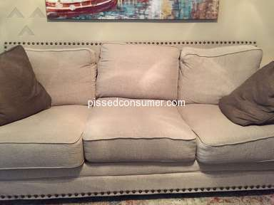 Ashley Furniture - 2 weeks sofa is krap