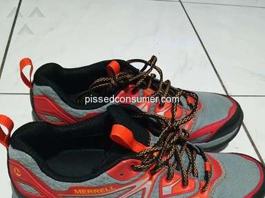 Merrell - Some Water-proof shoes are very slippery on wet tiles and steel flooring (Capra Bolt Gore-Tex Bright Red)