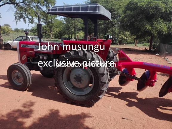 Massey Ferguson 260 Tractor