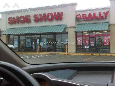 Shoe Show - Store #1299 Oak Grove,Ky unknowledgeable personnel