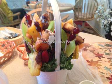 Edible Arrangements Fruit Arrangement review 39927