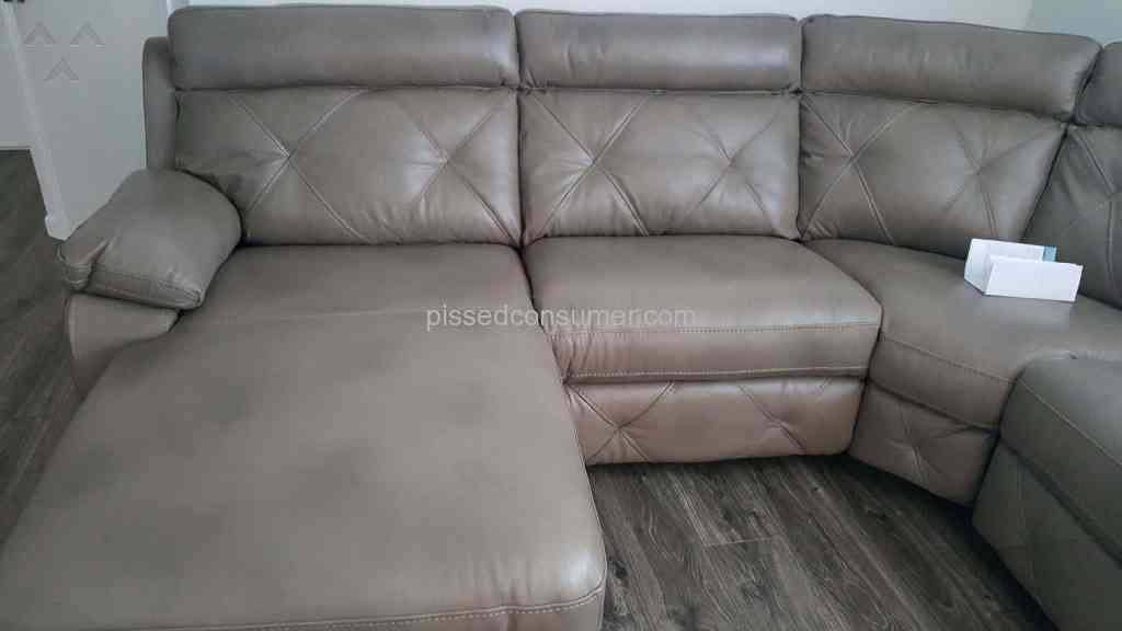 Rooms To Go Cindy Crawford Home Sofa Review 191272