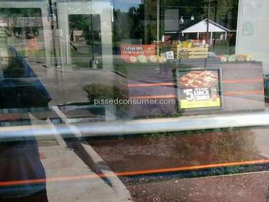 Little Caesars Sanitary Conditions review 224944