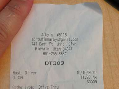 Arbys Roast Turkey Ranch And Bacon Sandwich review 92913