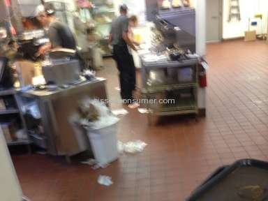 Taco Bell Sanitary Conditions review 79167