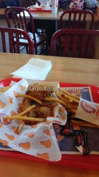 Popeyes Louisiana Kitchen 3-piece Combo Meal