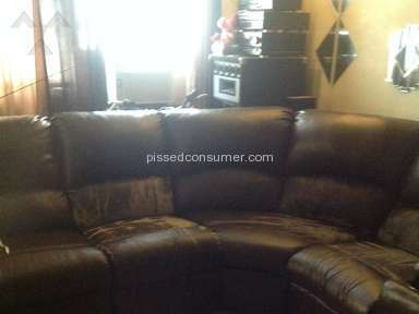 Harlem Furniture Sofa review 146160