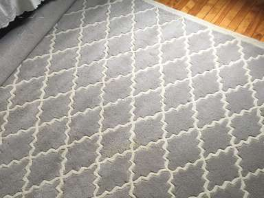 "RugsUSA - ""New"" rug with pet urine stain!"