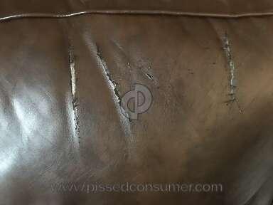 Broyhill Furniture Sofa review 360412