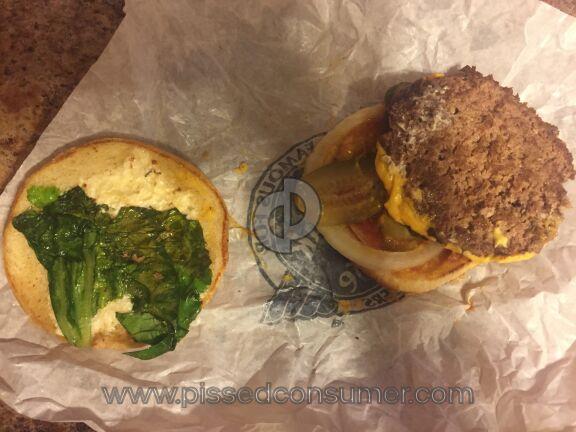 Steak N Shake Cheeseburger