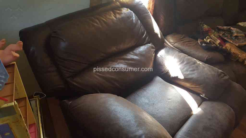 Value City Furniture A Home For Glittering Pieces Of Rubbish Jul 25 2016 Pissed Consumer