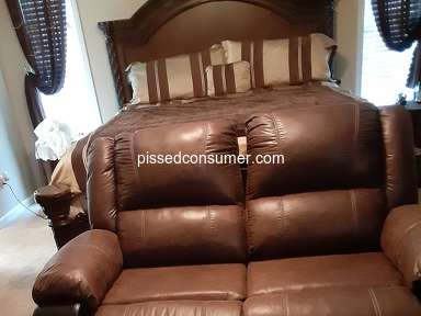 Ashley Furniture Furniture and Decor review 689105
