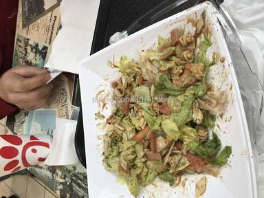 Saladworks - Too much dressing mixed in