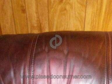 Hudsons Furniture - 2 recliners=horrible