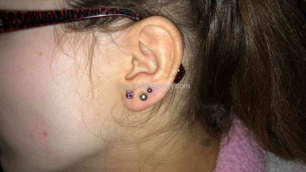 63 claires ear piercing reviews and complaints pissed consumer claires squint piercing ccuart Choice Image