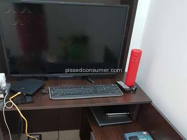 Pepperfry - Cheap quality computer table that broke on 1st day of usage.