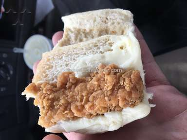 Arbys Buffalo Chicken Slider Sandwich review 183728